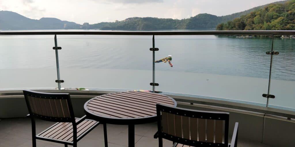 Crystal Resort Sun Moon Lake Balkon