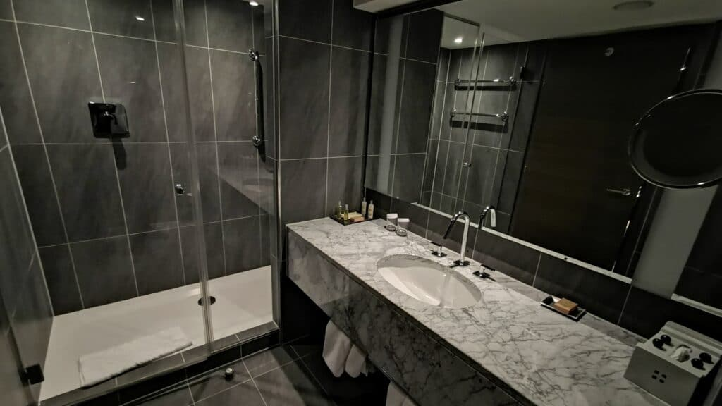 Hilton Plaza Wien Badezimmer