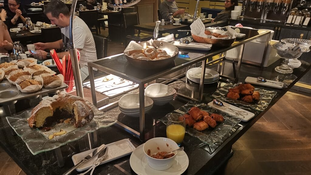 Hilton Plaza Wien Frühstück (2)