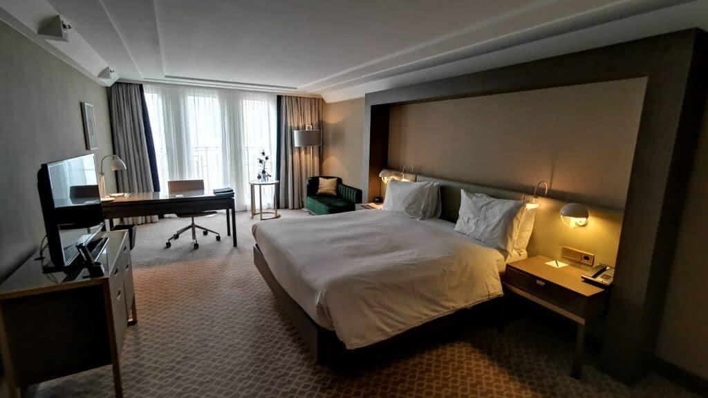 Hilton Wien Plaza Schlafzimmer
