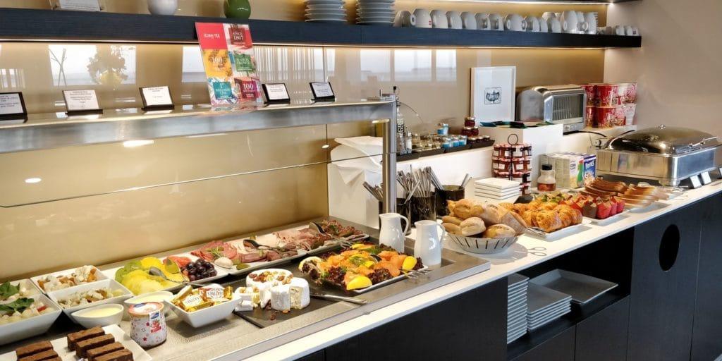 Star Alliance First Class Lounge Paris Buffet 2