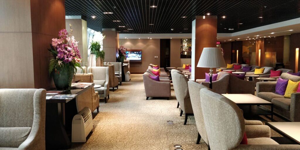 Thai Airways FIrst Class Lounge Bangkok 3