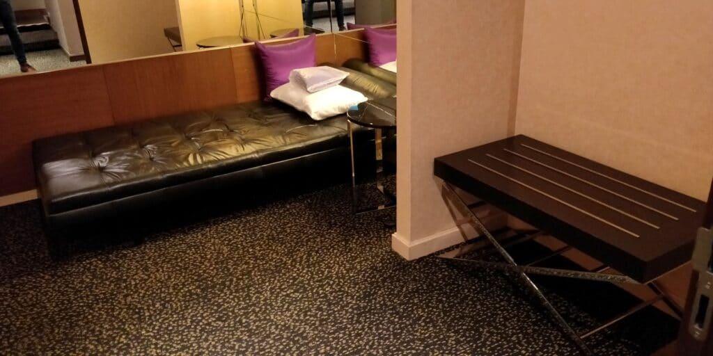 Thai Airways FIrst Class Lounge Bangkok Schlafraum