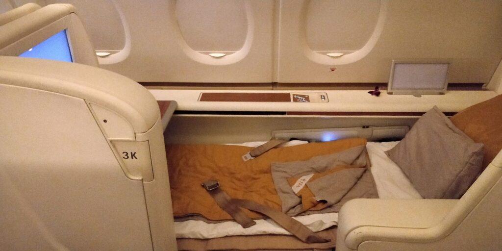 Thai Airways First Class Airbus A380 Bett 2