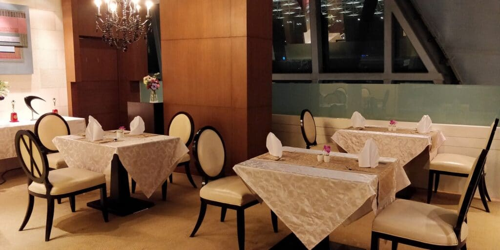 Thai Airways First Class Lounge Bangkok Restaurant