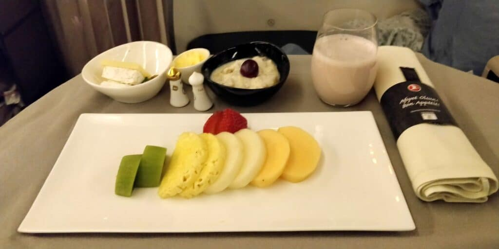 Turkish Airlines Business Class Singapur Istanbul Catering 2