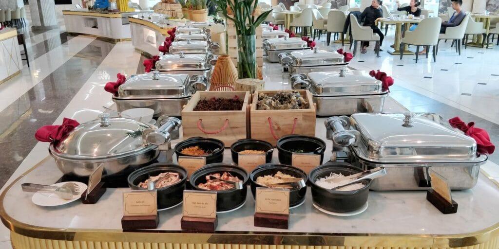 Vinpearl Resort Ha Long Bay Frühstück 3