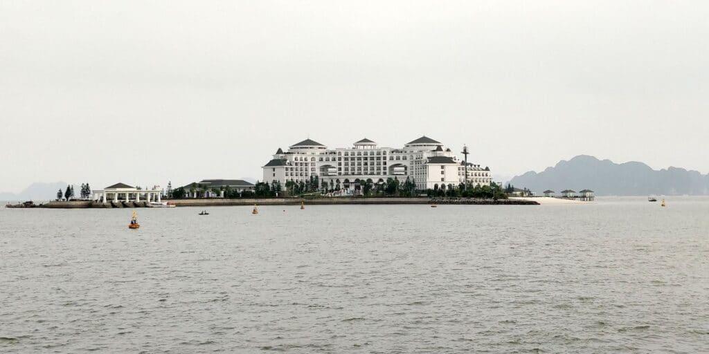 Vinpearl Resort Ha Long Bay Insel