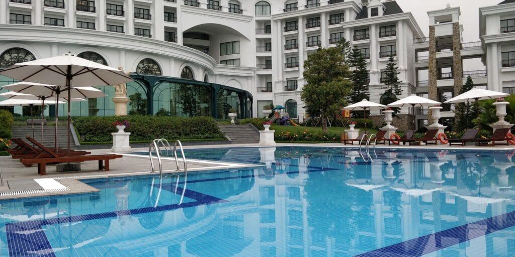 Vinpearl Resort Ha Long Bay Pool 2