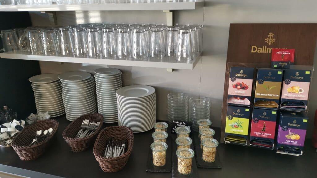 Weltbürger Lounge Berlin Tegel Snacks