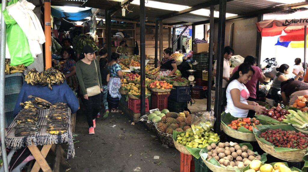 Antigua Guatemala Markt 2