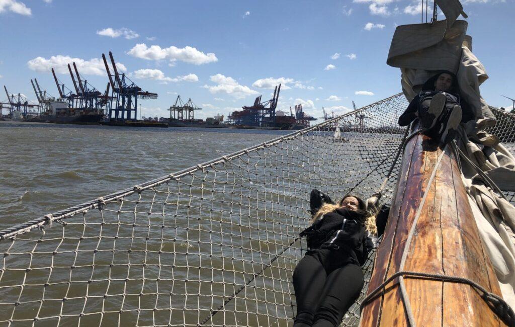 Julia Andi Segelschiff