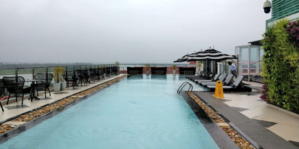 Hotel Royal Hoi An Rooftop Pool
