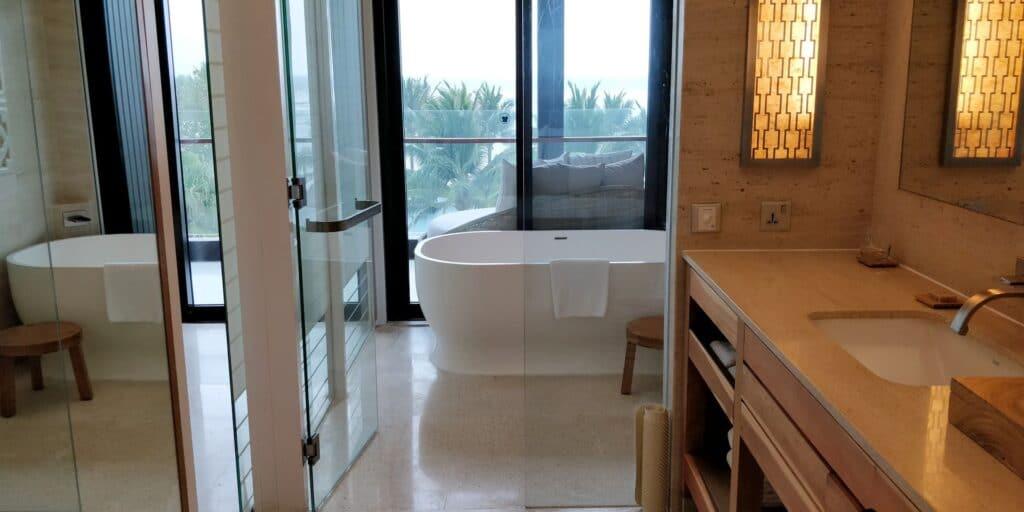Hyatt Regency Danang Resort Bad