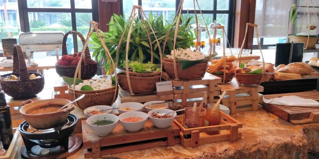 Hyatt Regency Danang Resort Lounge Frühstück 3