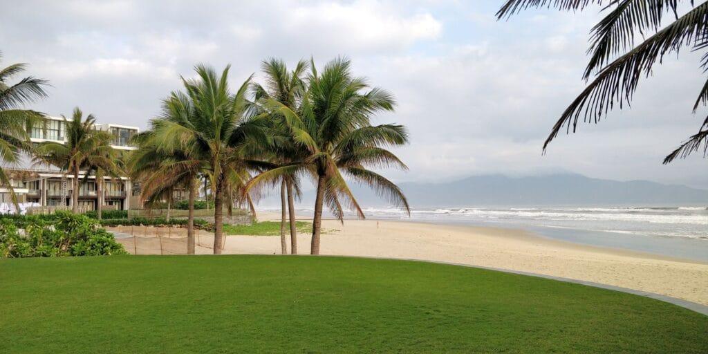 Hyatt Regency Danang Resort Strand