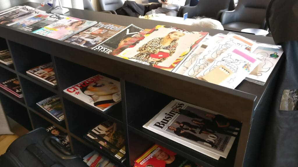 SAS Lounge Paris CDG Zeitungen
