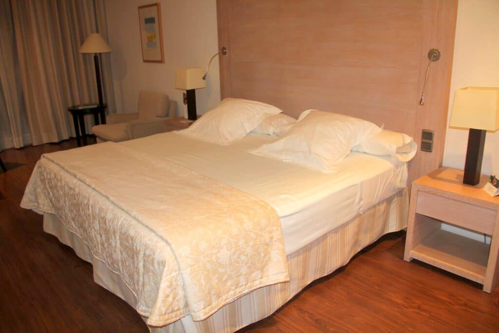 SH Valencia Palace Zimmer 3