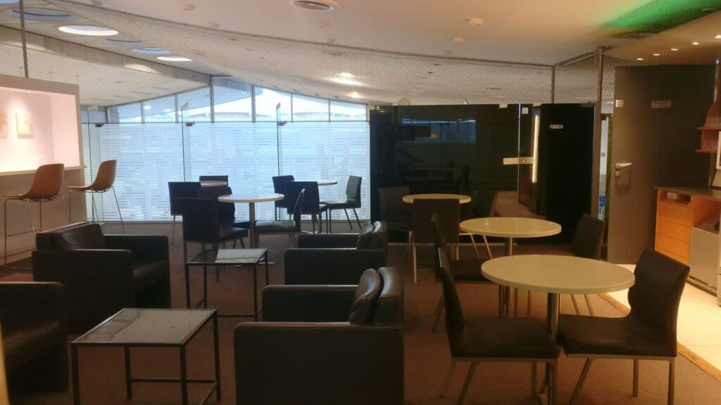 Sheltair Lounge Paris CDG 5