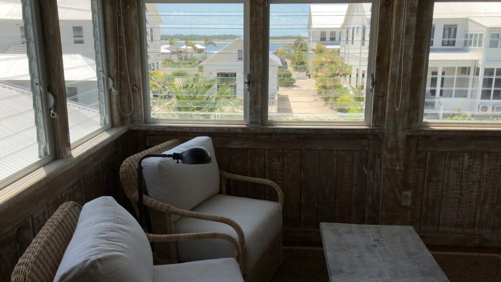 Mahogany Bay Resort Curio Collection By Hilton San Pedro Belize Keeping Suite Vorraum