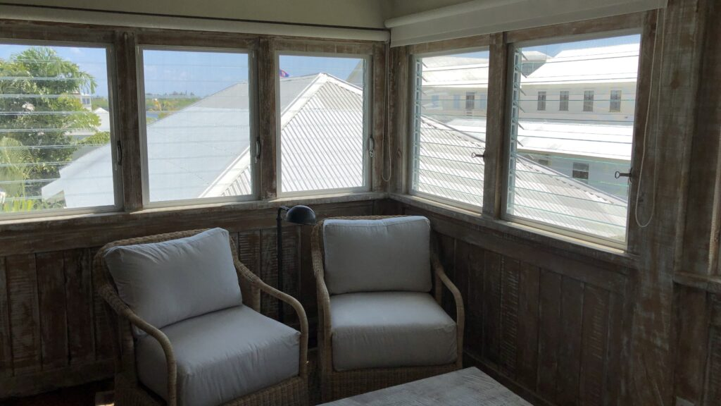 Mahogany Bay Resort Curio Collection By Hilton San Pedro Belize Keeping Suite Vorraum 2