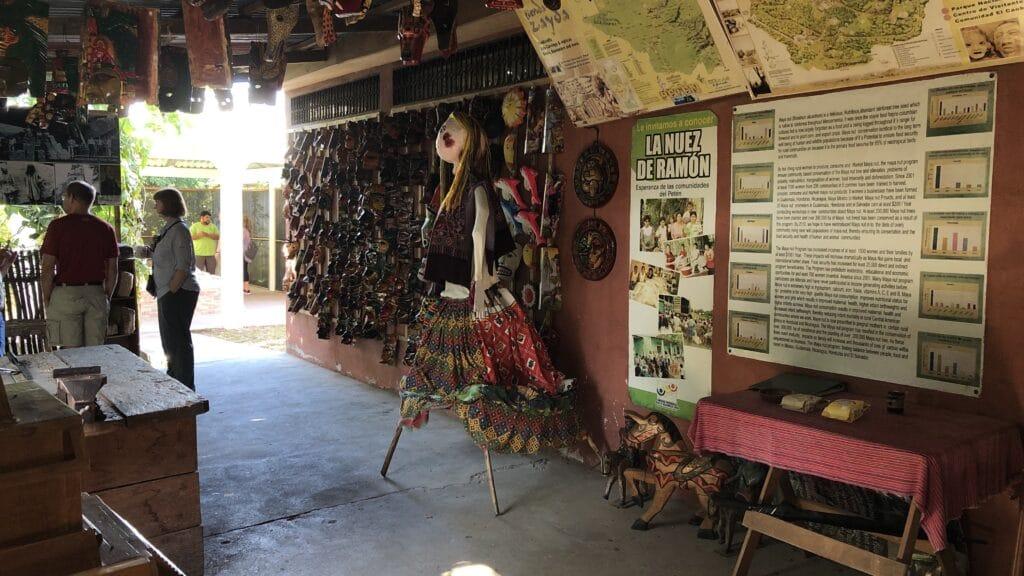 Tikal Souvenirsshop