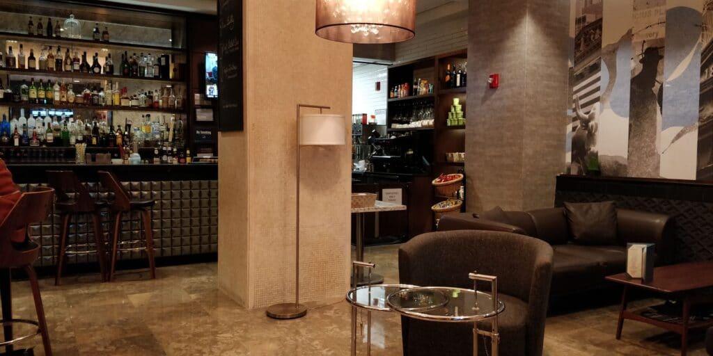 Distrikt Hotel New York Zimmer Frühstück 2