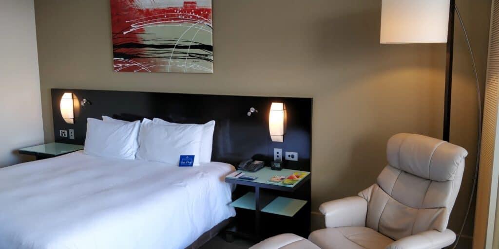 Hilton Cairns Zimmer