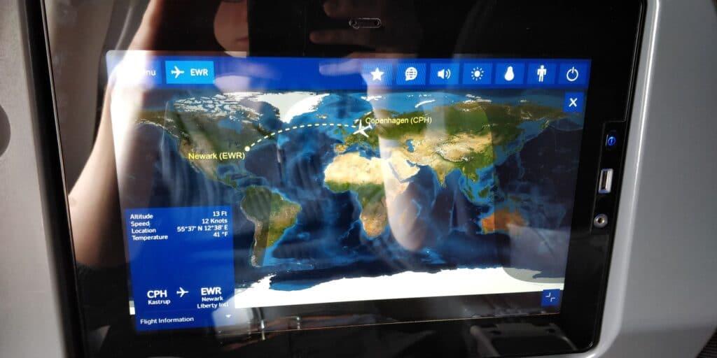 SAS Premium Economy Class Airbus A330 Entertainment 1
