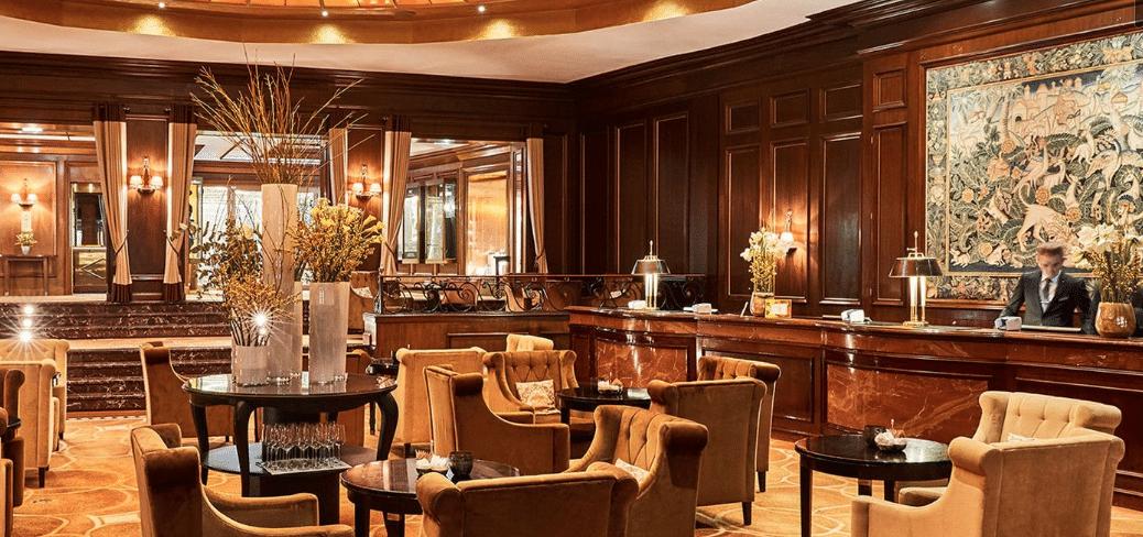 Vier Jahreszeiten München Restaurant