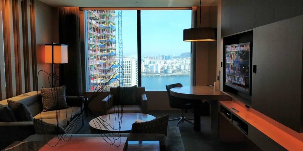 Conrad Seoul Suite Wohnzimmer