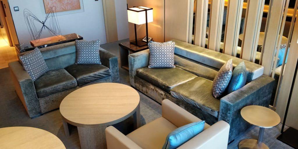 Conrad Seoul Suite Wohnzimmer 4