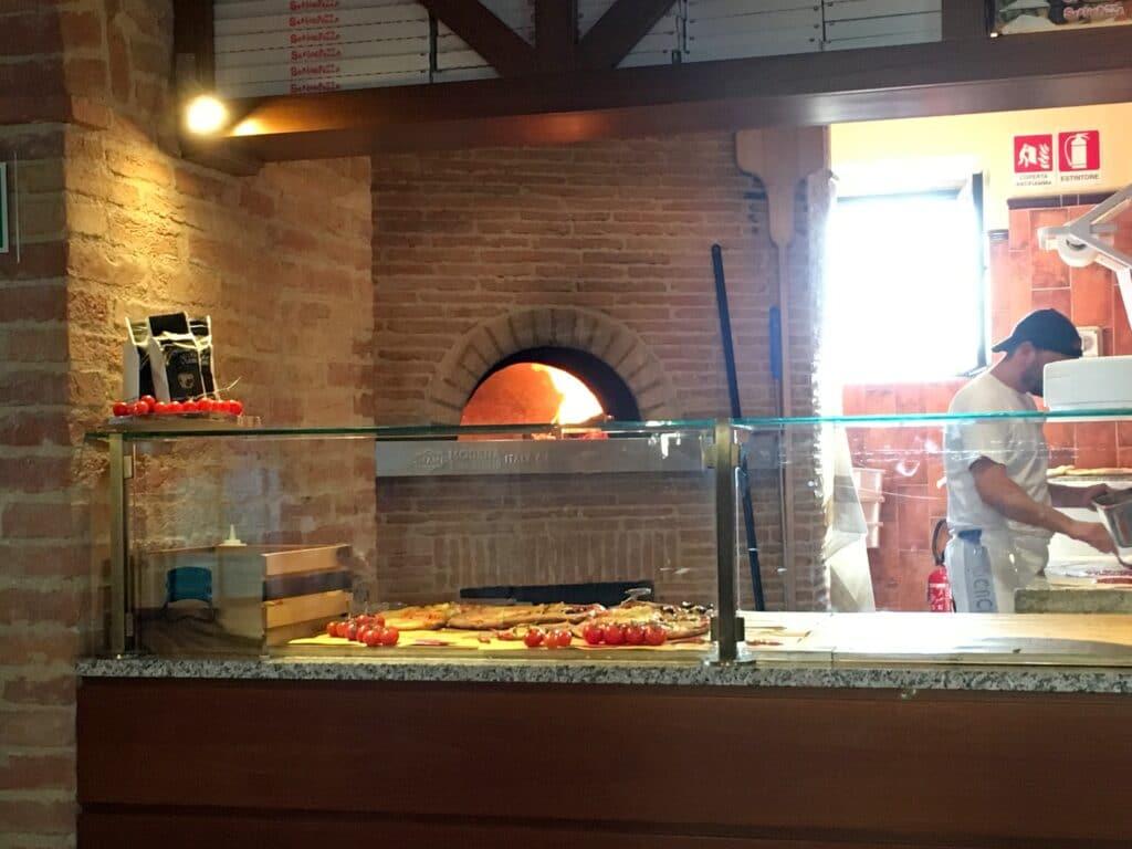 La Bagnaia Resort Siena Pizzeria