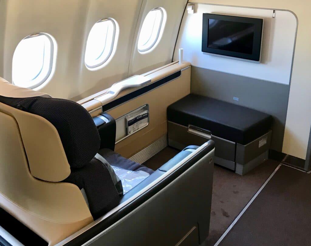 Lufthansa LH Frist Quer
