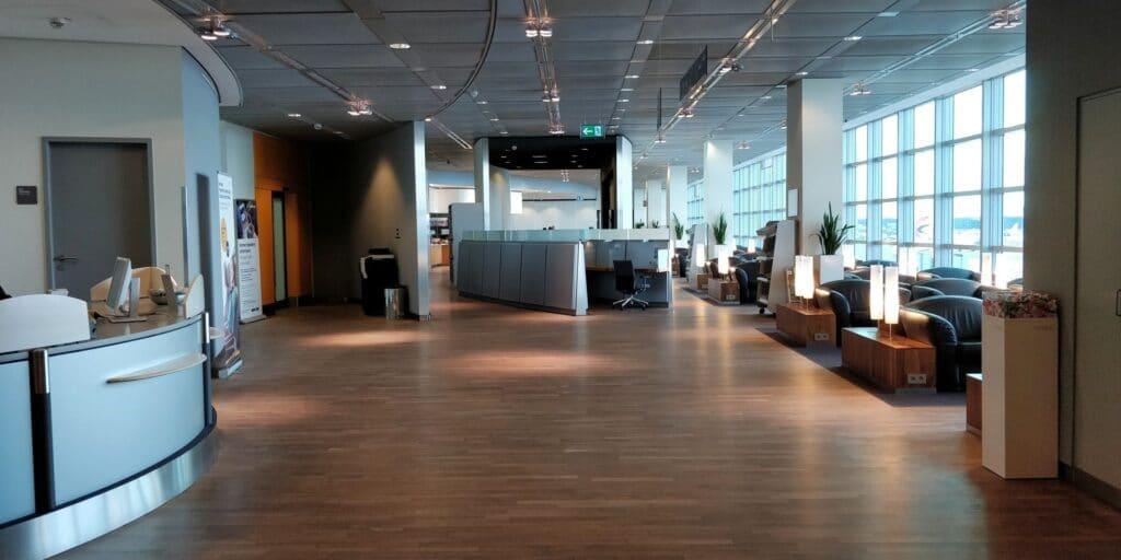 Lufthansa Senator Lounge Frankfurt C 9