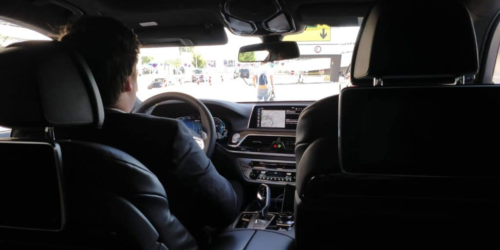 Sixt Ride Chauffeur BMW 7 Fahrt