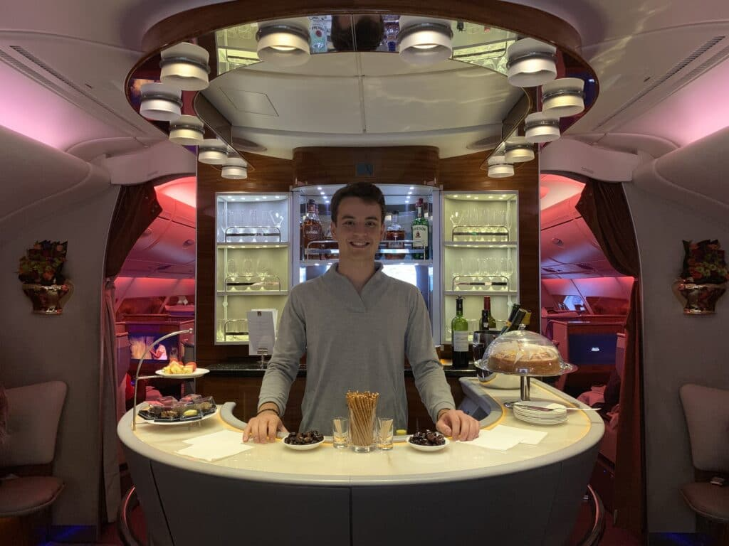 Emirates First Clas Airbus A380 Jan Bar