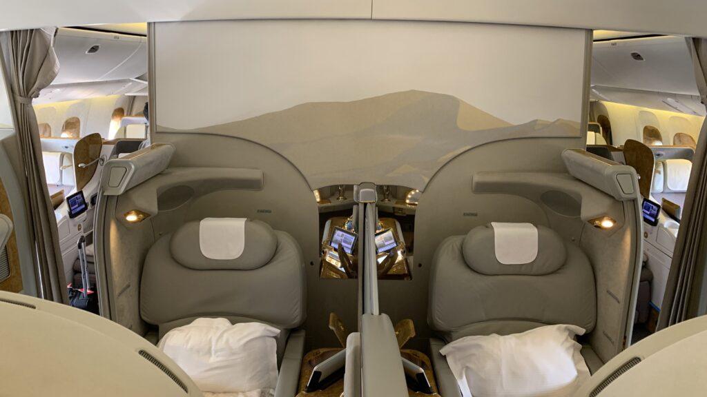 Emirates First Class Boeing 777 Mittelsitze