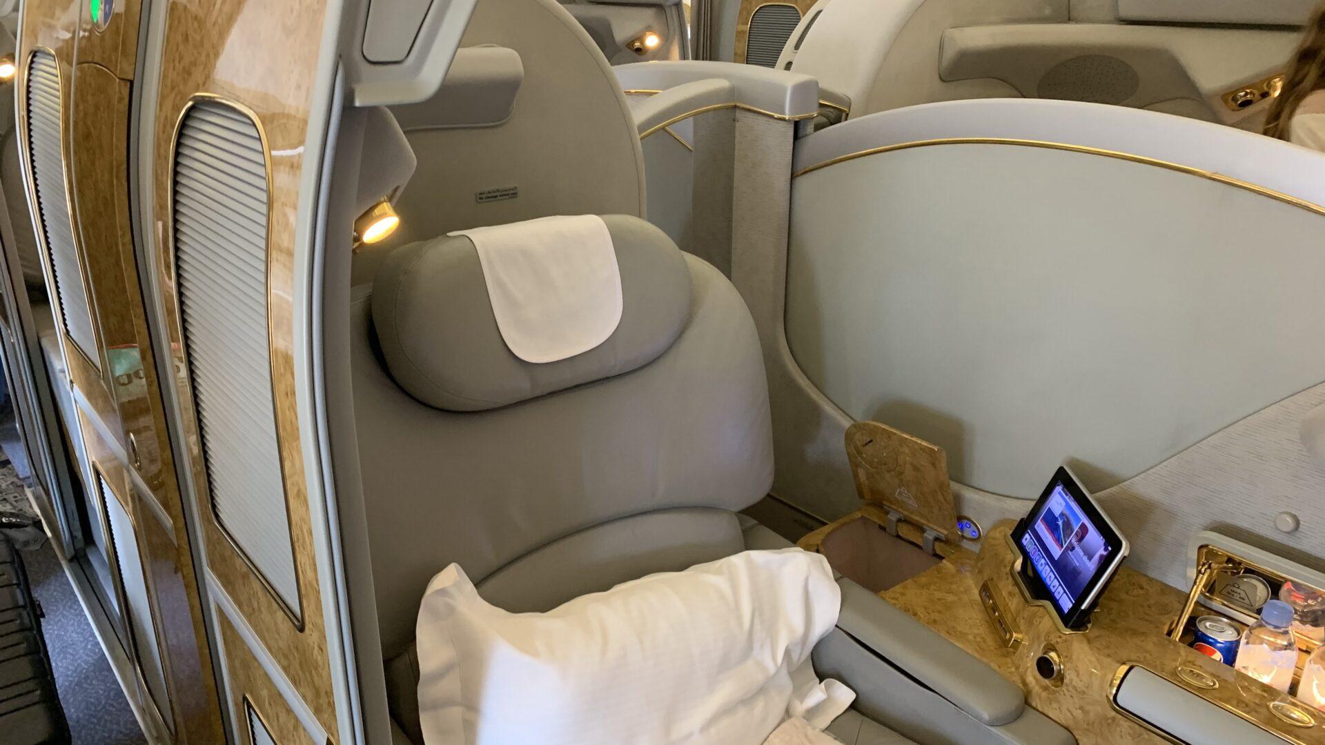 Emirates First Class Boeing 777 Sitz 2