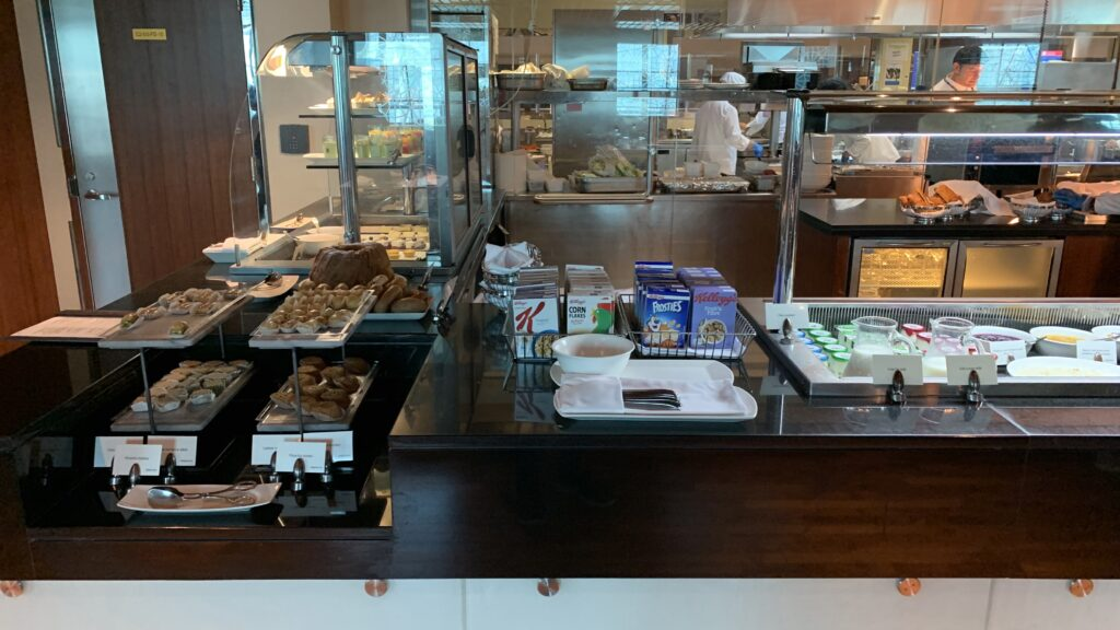 Emirates First Class Lounge Dubai B Buffet