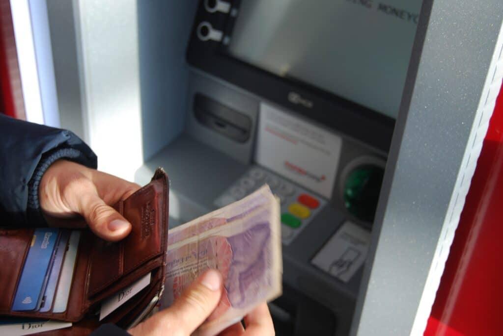 Sparkasse Konto Geld abheben