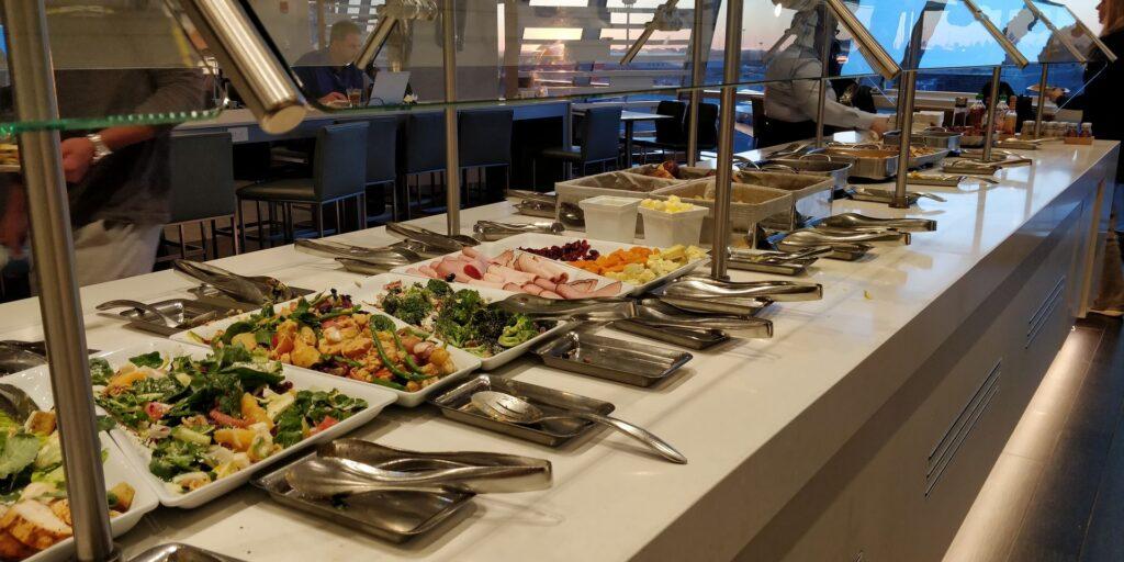 American Airlines Flagship Lounge New York JFK Essen 4