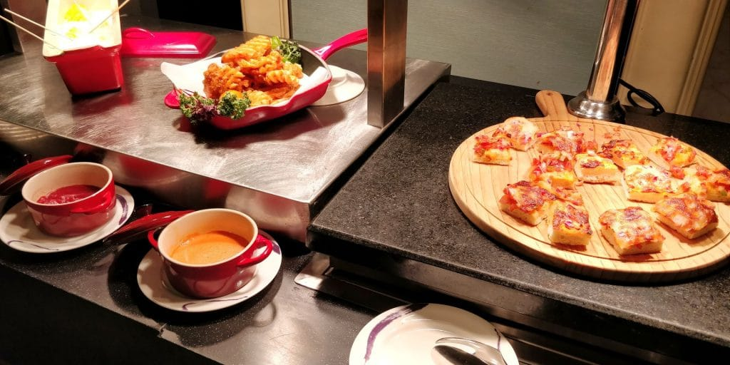 Conrad Dalian Lounge Abendessen 10
