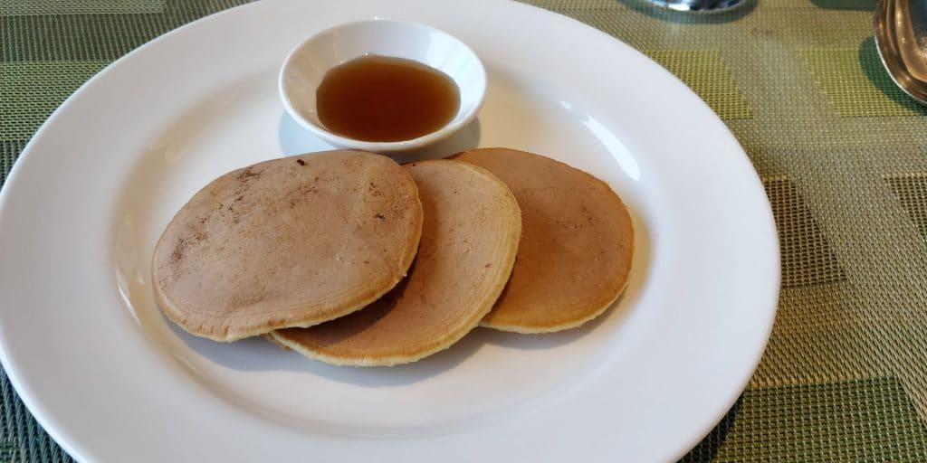 Conrad Dalian Lounge Frühstück 8