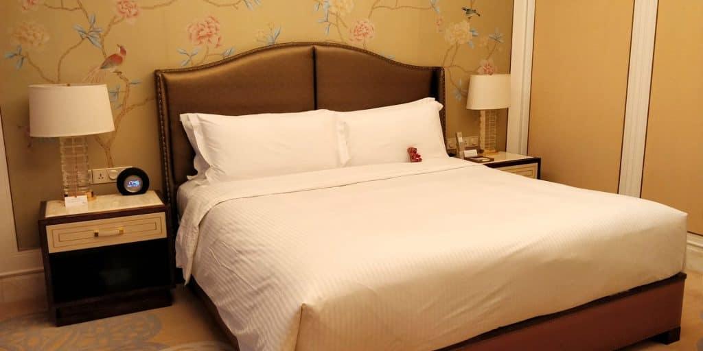 Conrad Dalian Suite Schlafzimmer