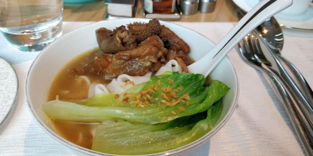 Conrad Guangzhou Lounge Frühstück 9