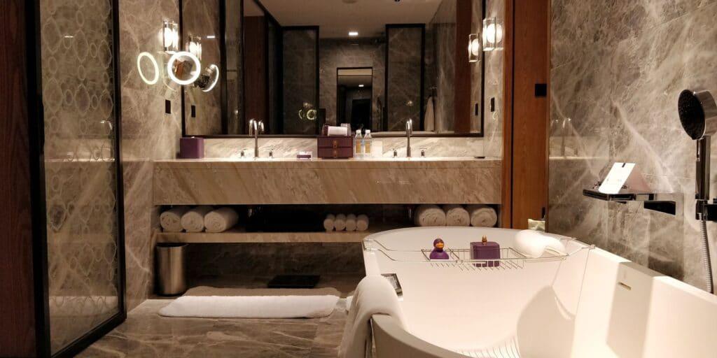 Conrad Guangzhou Suite Bad