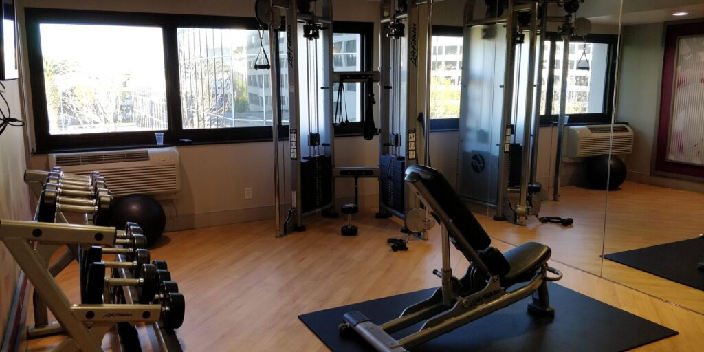 Crowne Plaza Los Angeles Airport Fitness 2