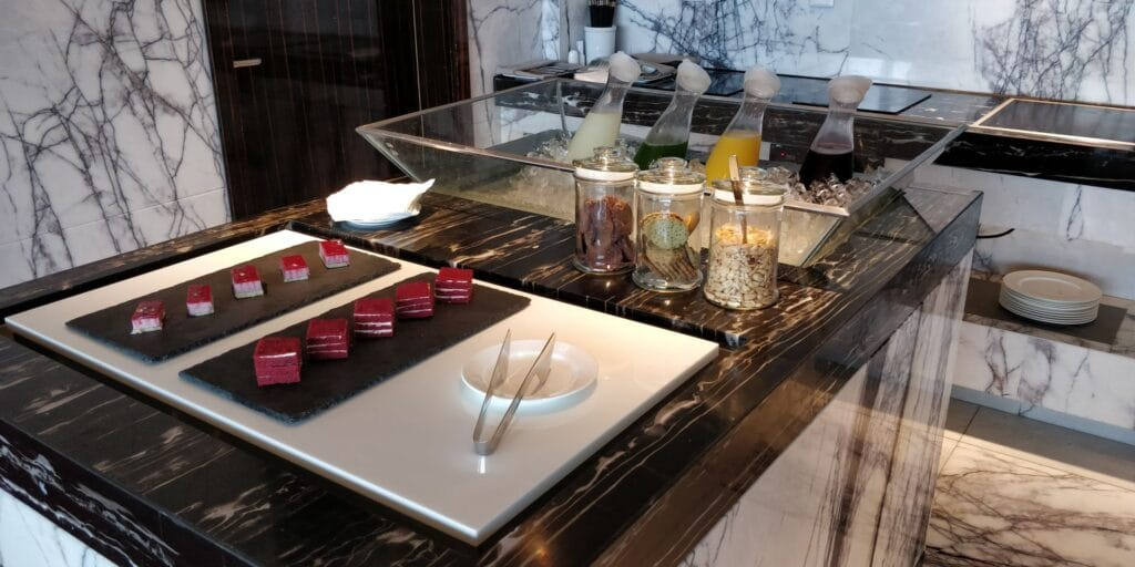 DoubleTree Shanghai Nanxiang Lounge Afternoon Tea