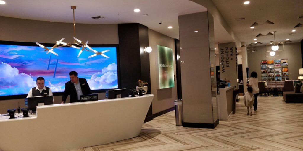 H Hotel Los Angeles Lobby 3